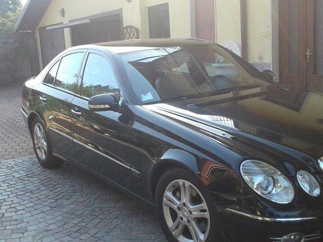 Mercedes berlina a noleggio Varese