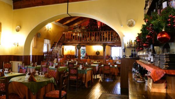 ristorante con menù alla carta L'Aquila