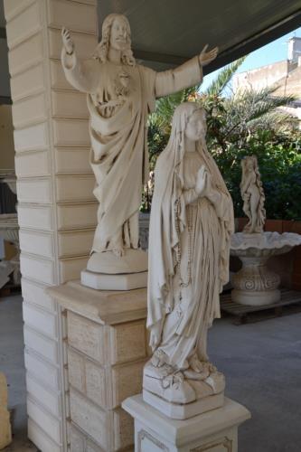 Statue sacre da giardino