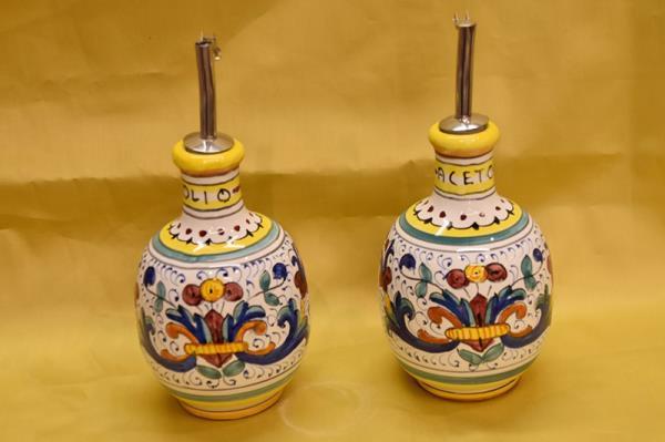 ceramic Deruta oil and vinegar set, Florence
