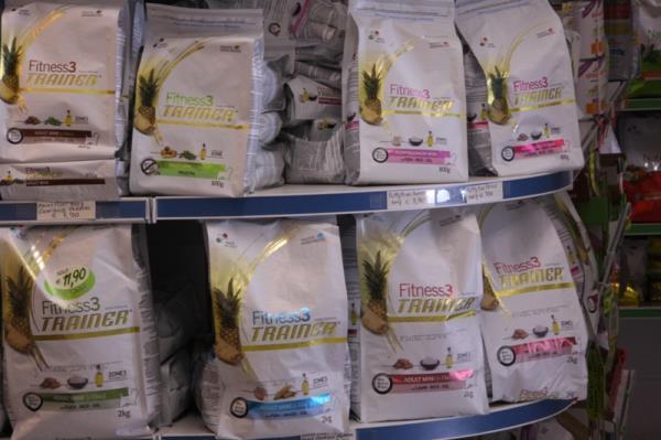 Mangime e cibo per cani e gatti a Cremona - Farmazoo
