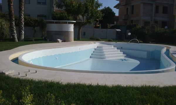 Assemblaggio piscine