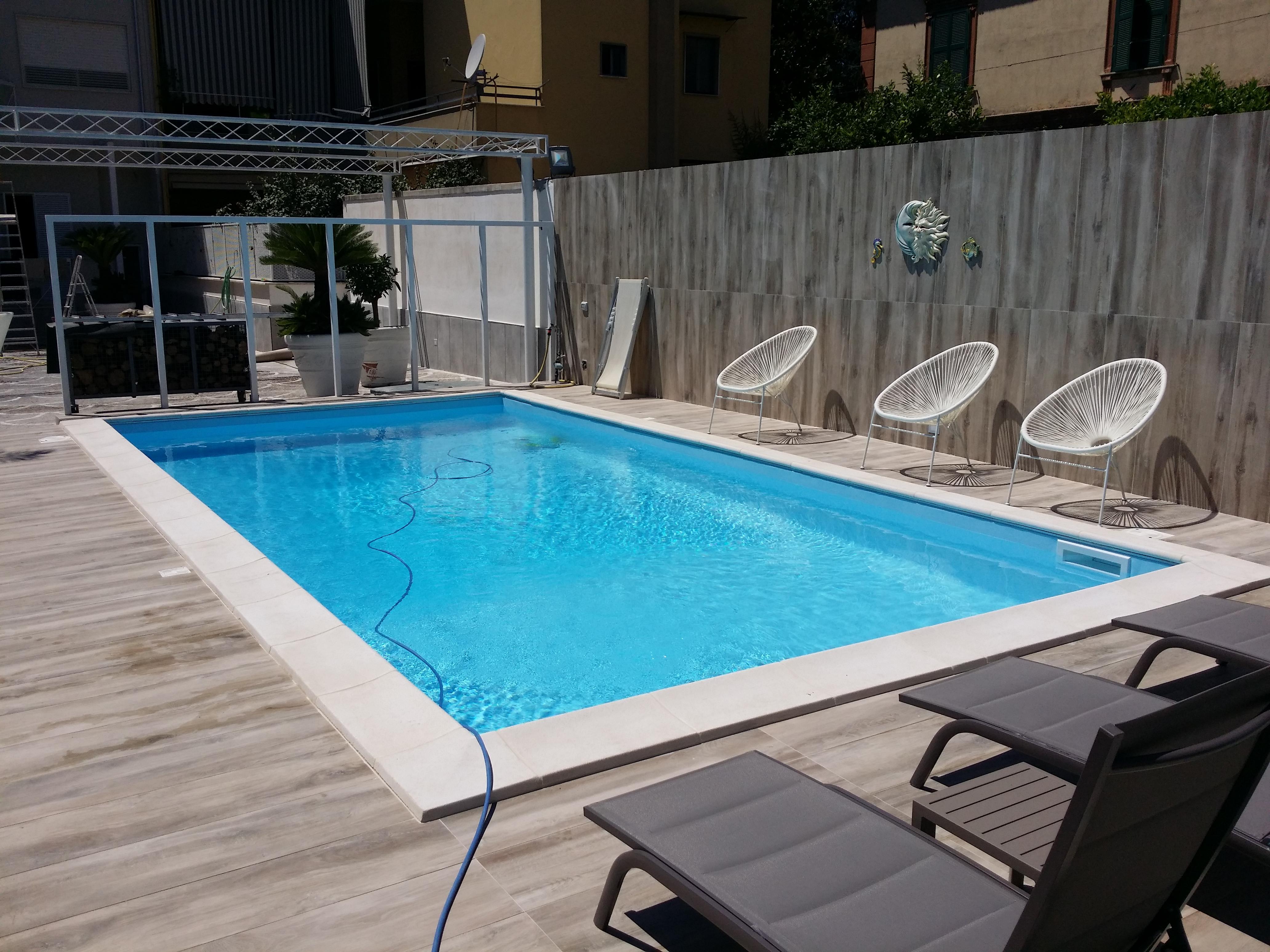 costruzione piscine a Giugliano in Campania Napoli