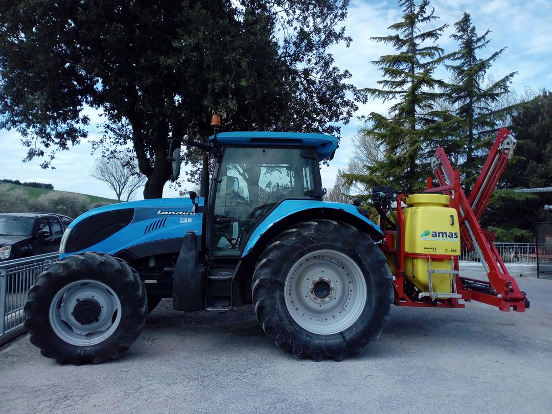 Fornitura trattori e macchine agricole Montefalco Perugia