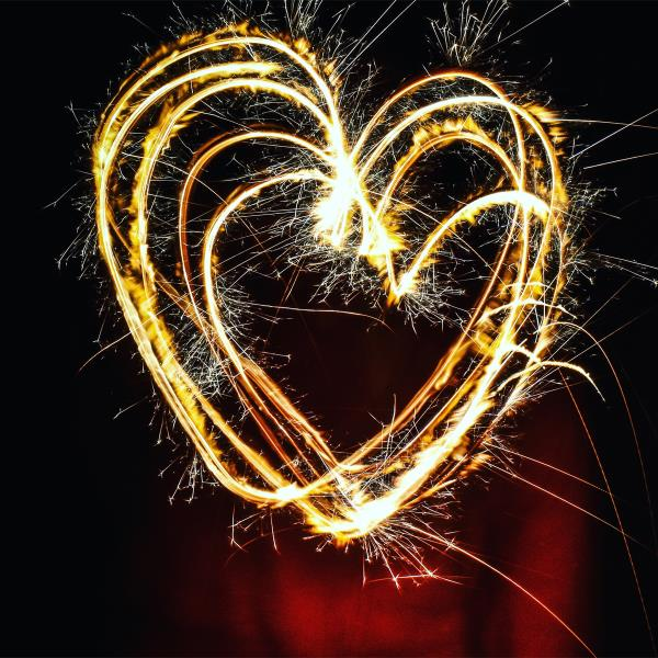 Il nostro lavoro significa emozionare, regalare alle persone sensazioni e momenti fatti di luce...
