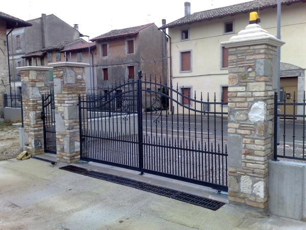 manufatti in ferro | Cancelli in ferro | Recinzioni in ferro | Muzzana del Turgnano | Udine | Pordenone | Trieste