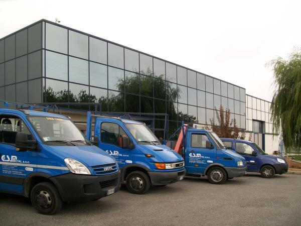 Co.S.Metal Muzzana del Turgnano | Produzione vendita installazione serramenti cancelli ringhiere| Udine | Pordenone | Trieste
