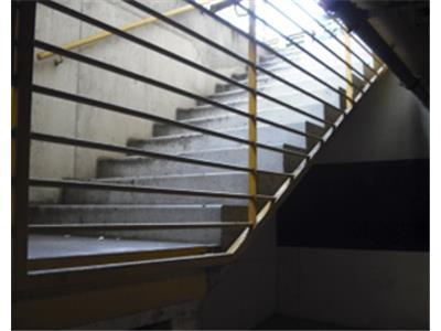 Colonne e rampe di scale