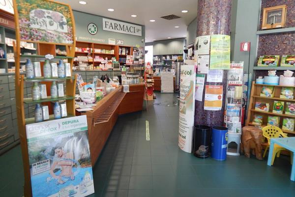 farmacia prodotti sanitarierboristici e omeopatici