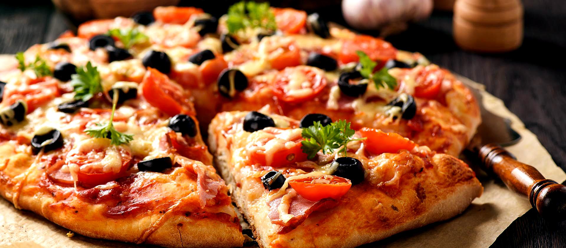 Pizza al piatto e al taglio