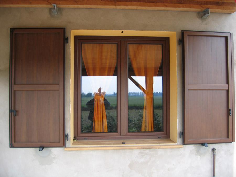 Porte e finestre in alluminio legno