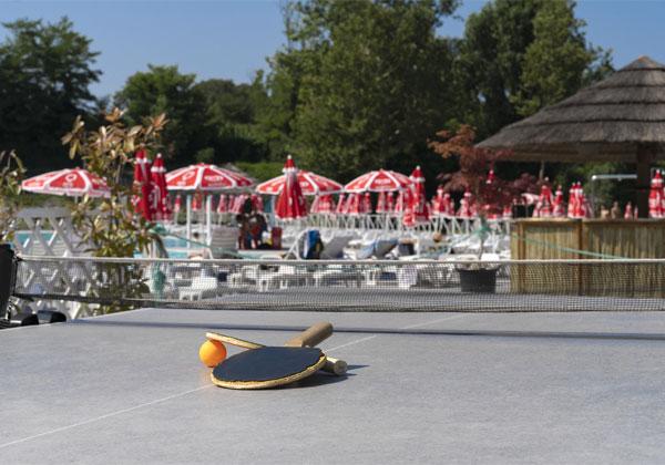 piscina con ping pong Brescia