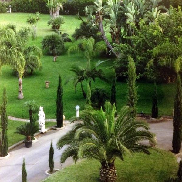 Una Villa Nel Verde