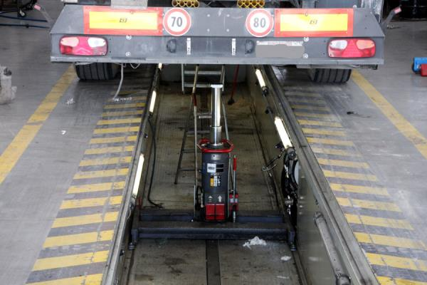 revisione camion Viadana Mantova