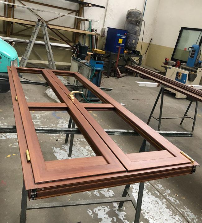 Produzione scale in ferro LFM Costruzioni