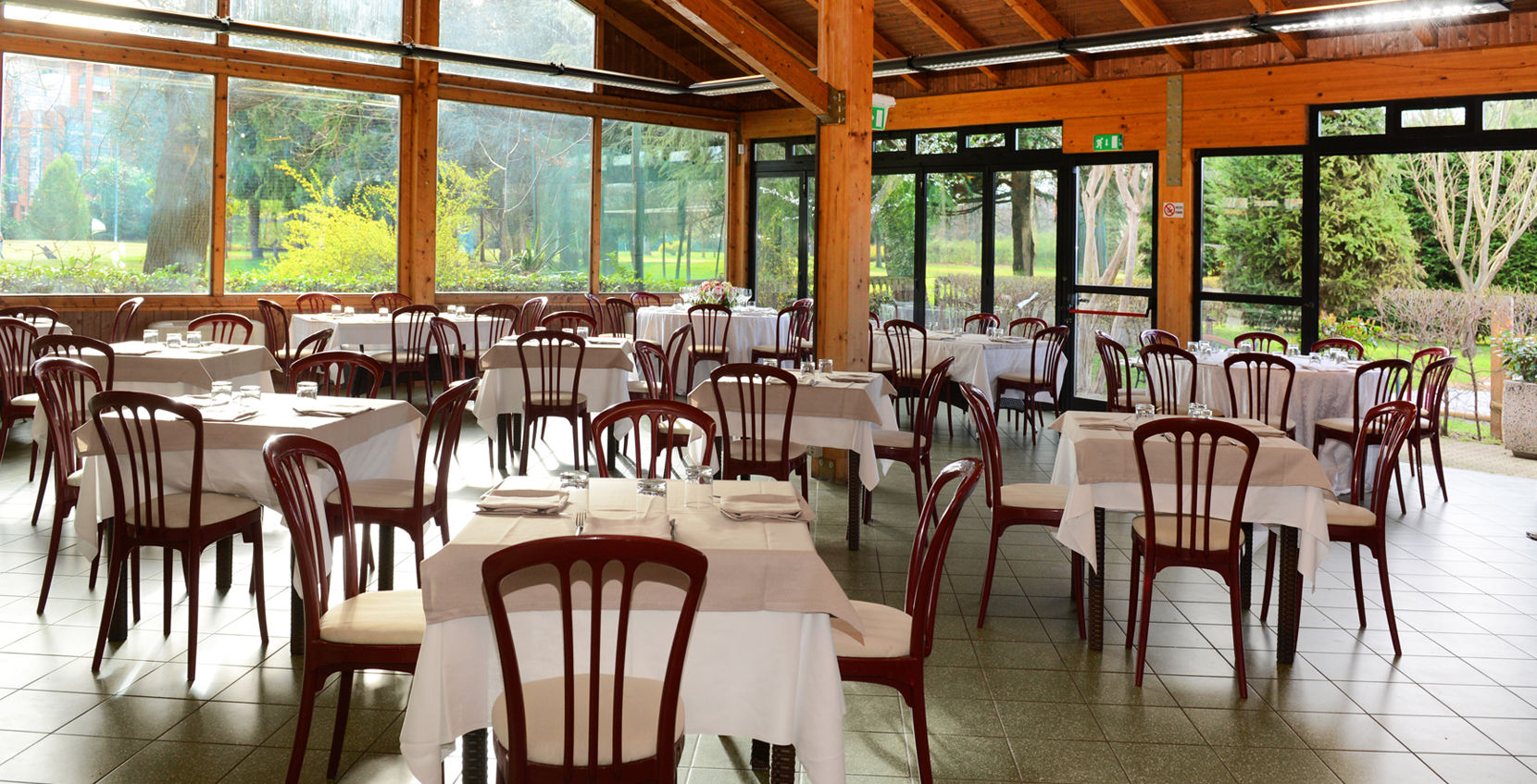 Sala ristorante per eventi C.B. Catering & Banqueting
