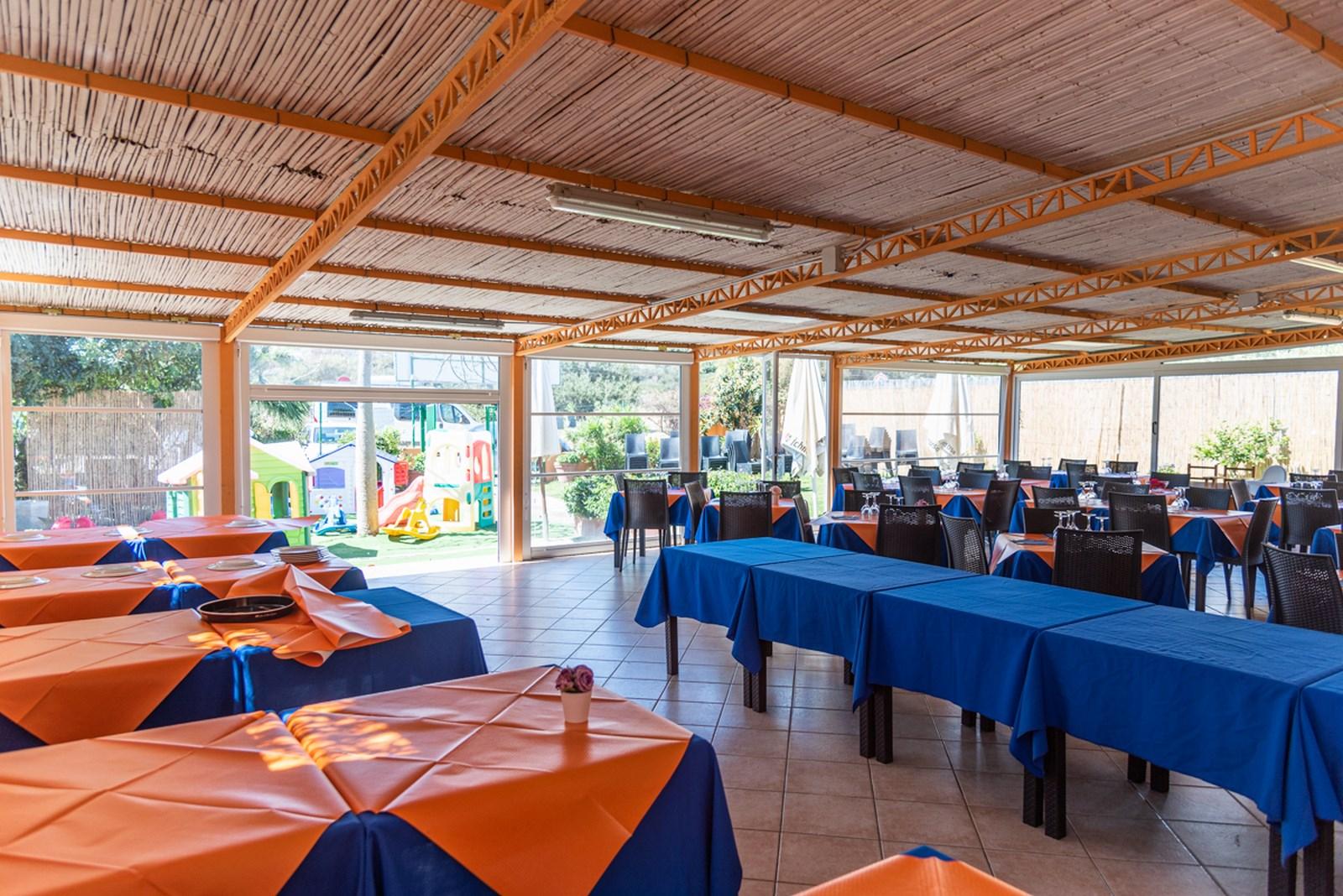 ristorante aperto a pranzo e a cena