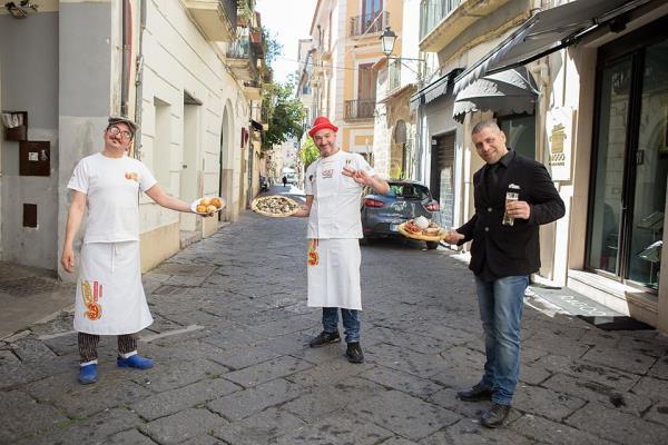 Vera pizza napoletana Pizzeria Vesi Spaccanapoli