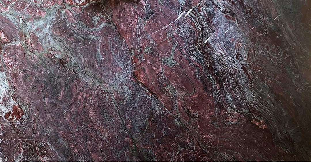 Lastra di Breccia Rosso Rubino