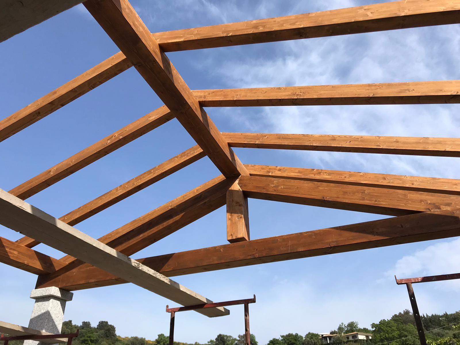 realizzazione tetti in legno Nuoro