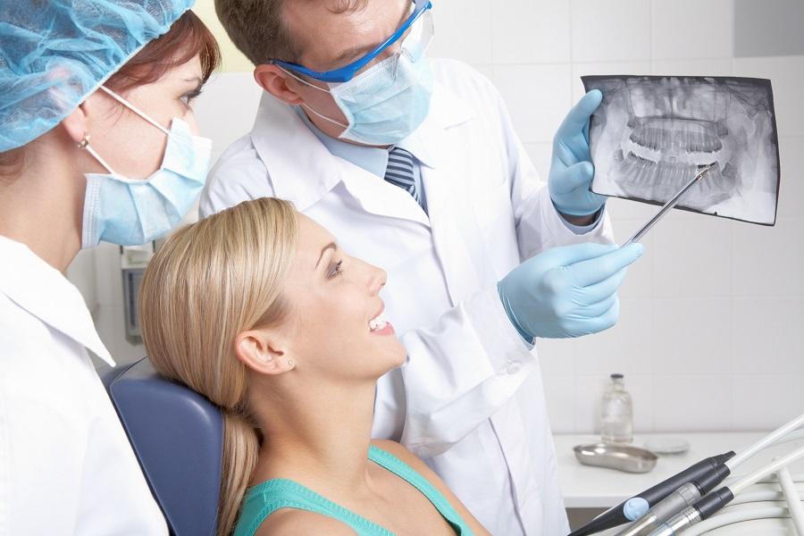 la spezia implantologia