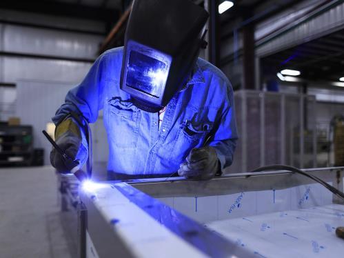 Piegatura lamiere Officina Meccanica Cirlini