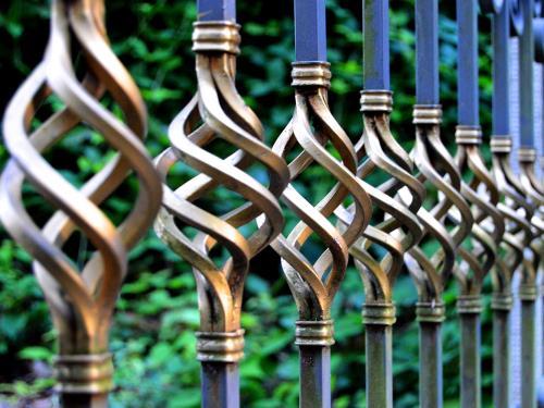 Realizzazione ringhiere e recinzioni Officina Meccanica Cirlini
