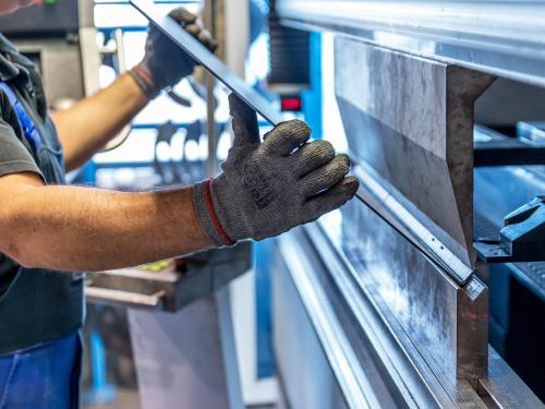 Realizzazione cancellate in ferro Officina Meccanica Cirlini