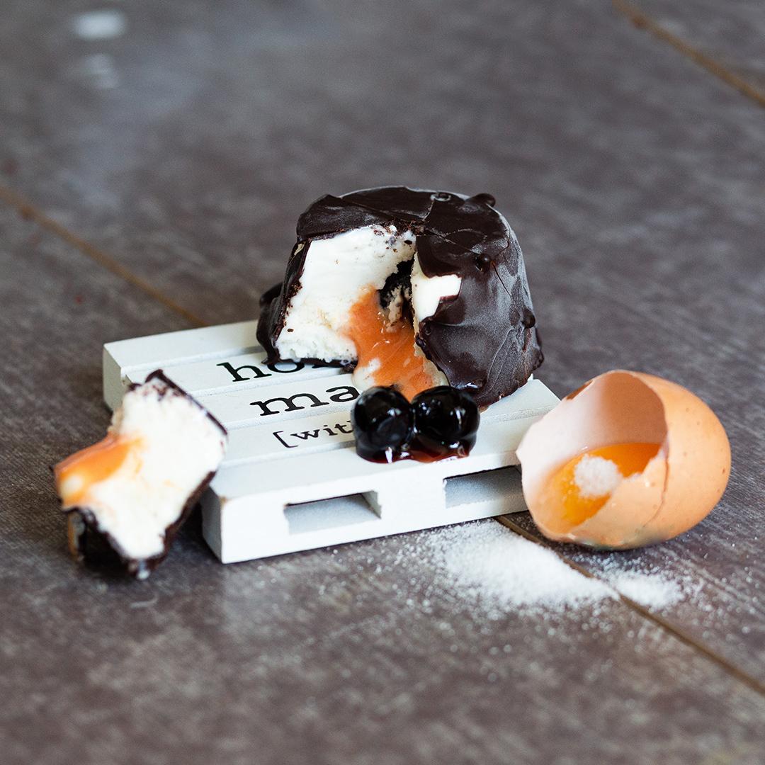 Gelato con uova fresche