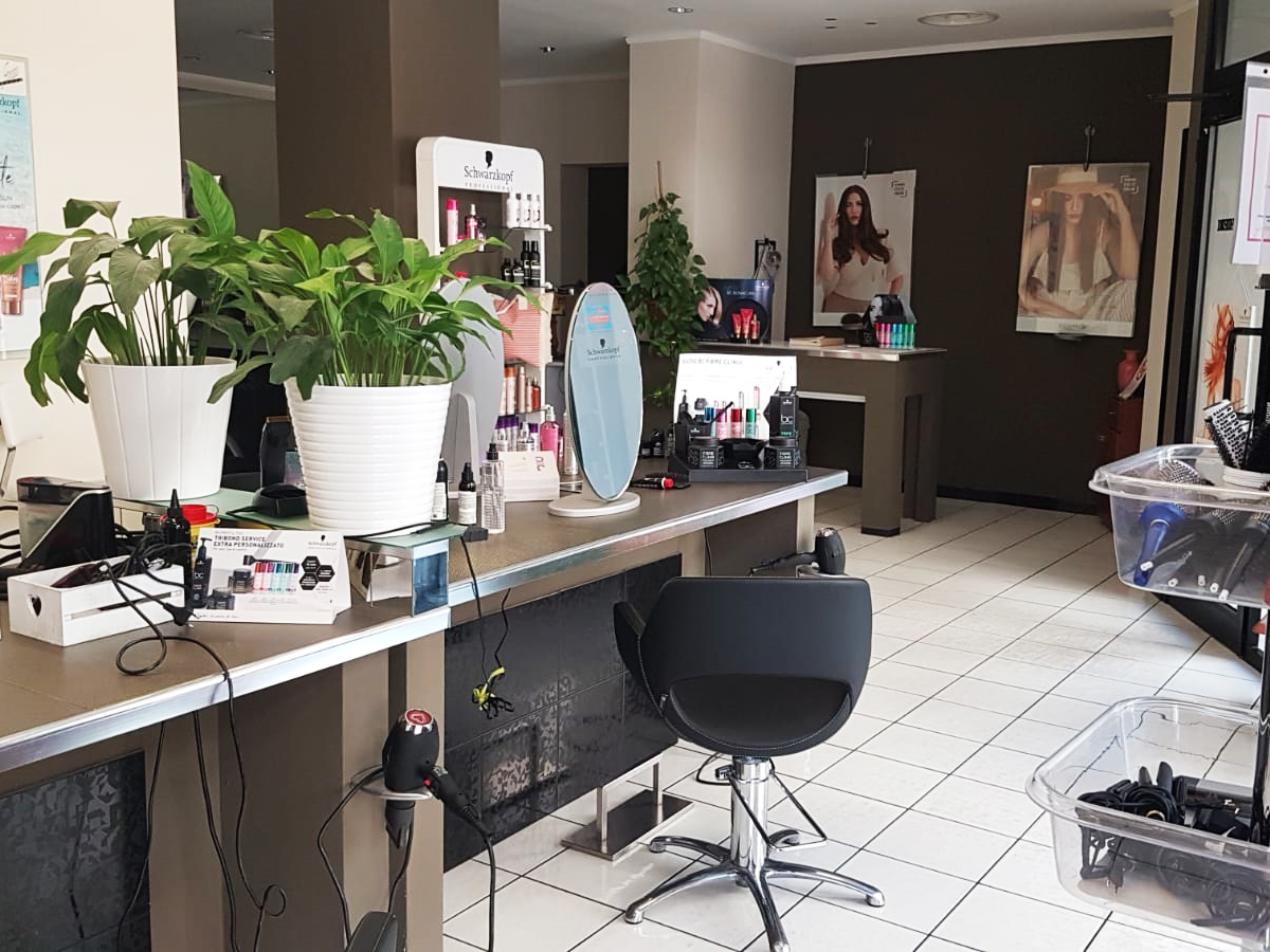 Salone di parrucchiere uomo donna Marcello Frontera Hairstylist