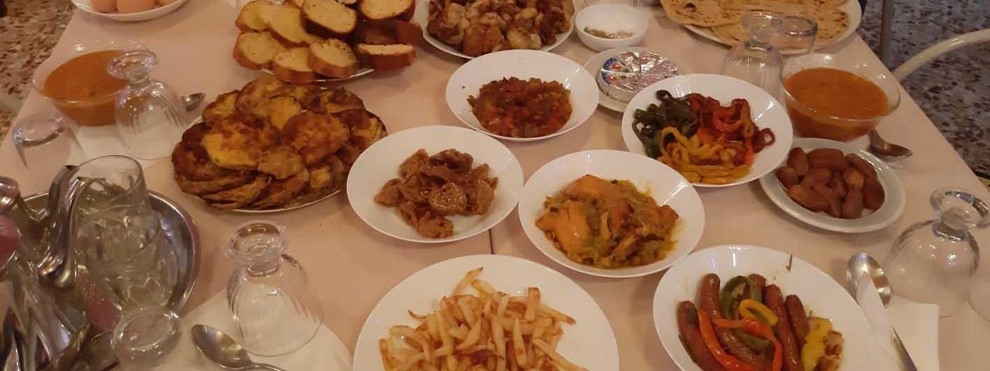 Tajine e specialità arabe Bar shisha Nura Iskendreia