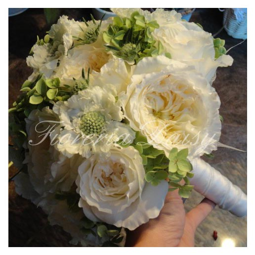 Realizzazione bouquet Fiorista Laila