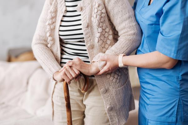 Assistenza anziani diurna e notturna Il Marito Tuttofare