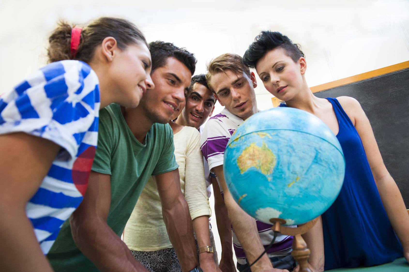 Il Nuovo Mondo Corsi di lingua frontali e multimediali