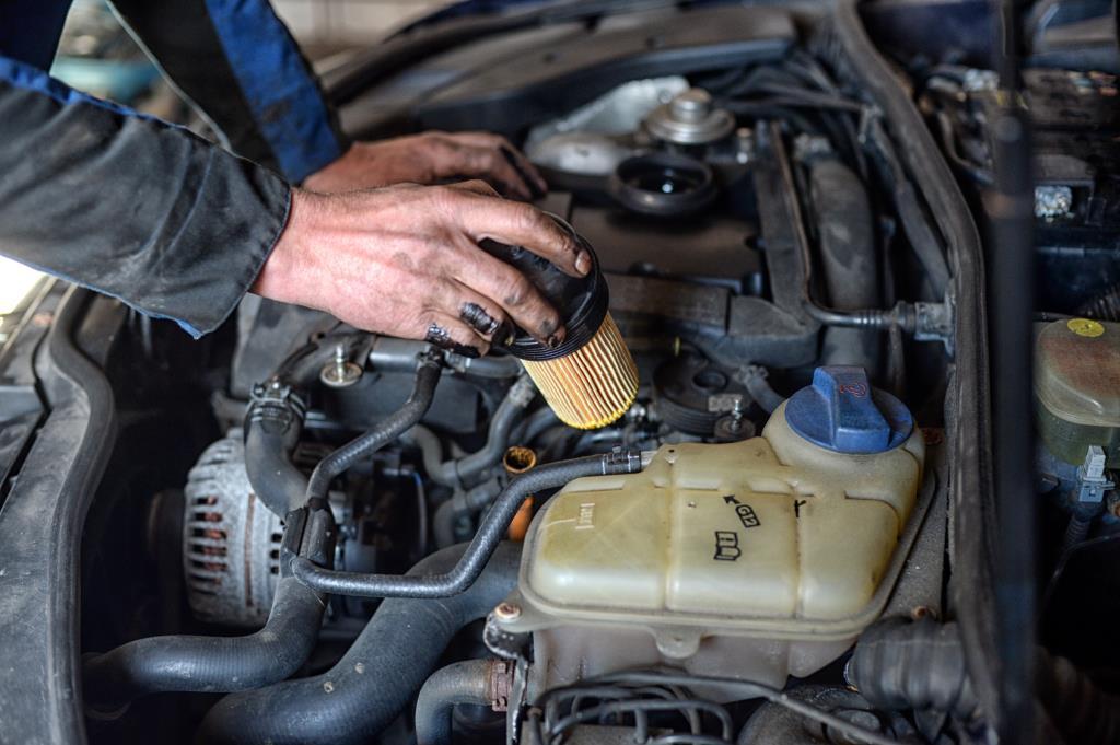 Officina autorizzata Ford e specializzata Nissan Autocarrozzeria Marchetti