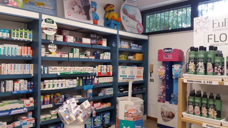 prodotti infanzia farmacia sondrio