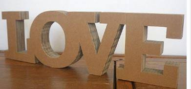 lettere in cartone ondulato