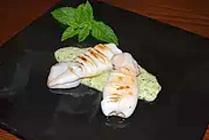 Calamari su Pesto di Zucchine e Menta