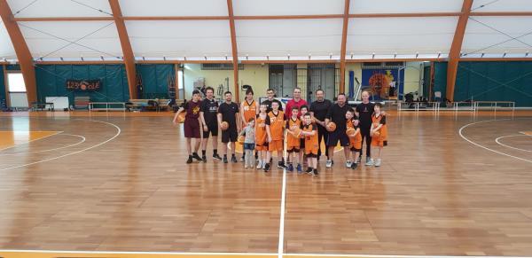 scuola di pallacanestro
