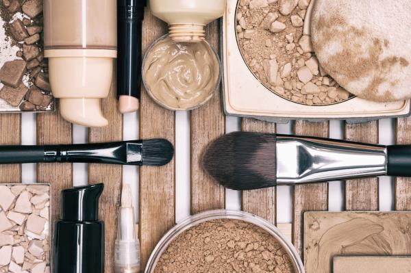 vendita cosmetici e make up professionale