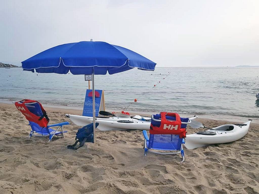 Kayak Ajò Kayaking in spiaggia