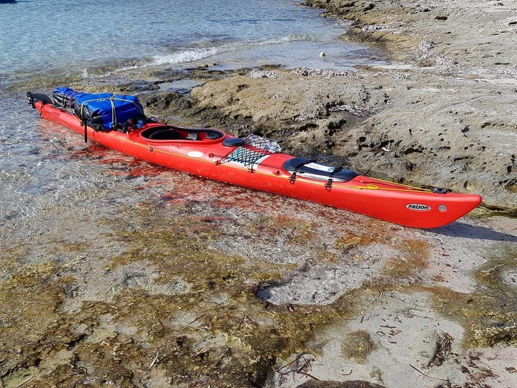 Kayak a riva Ajò Kayaking