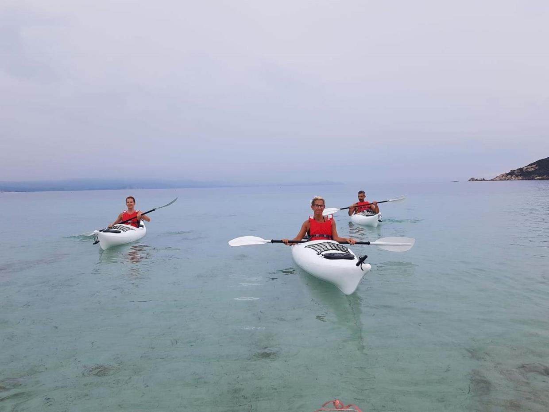 Ajò Kayaking in gruppo