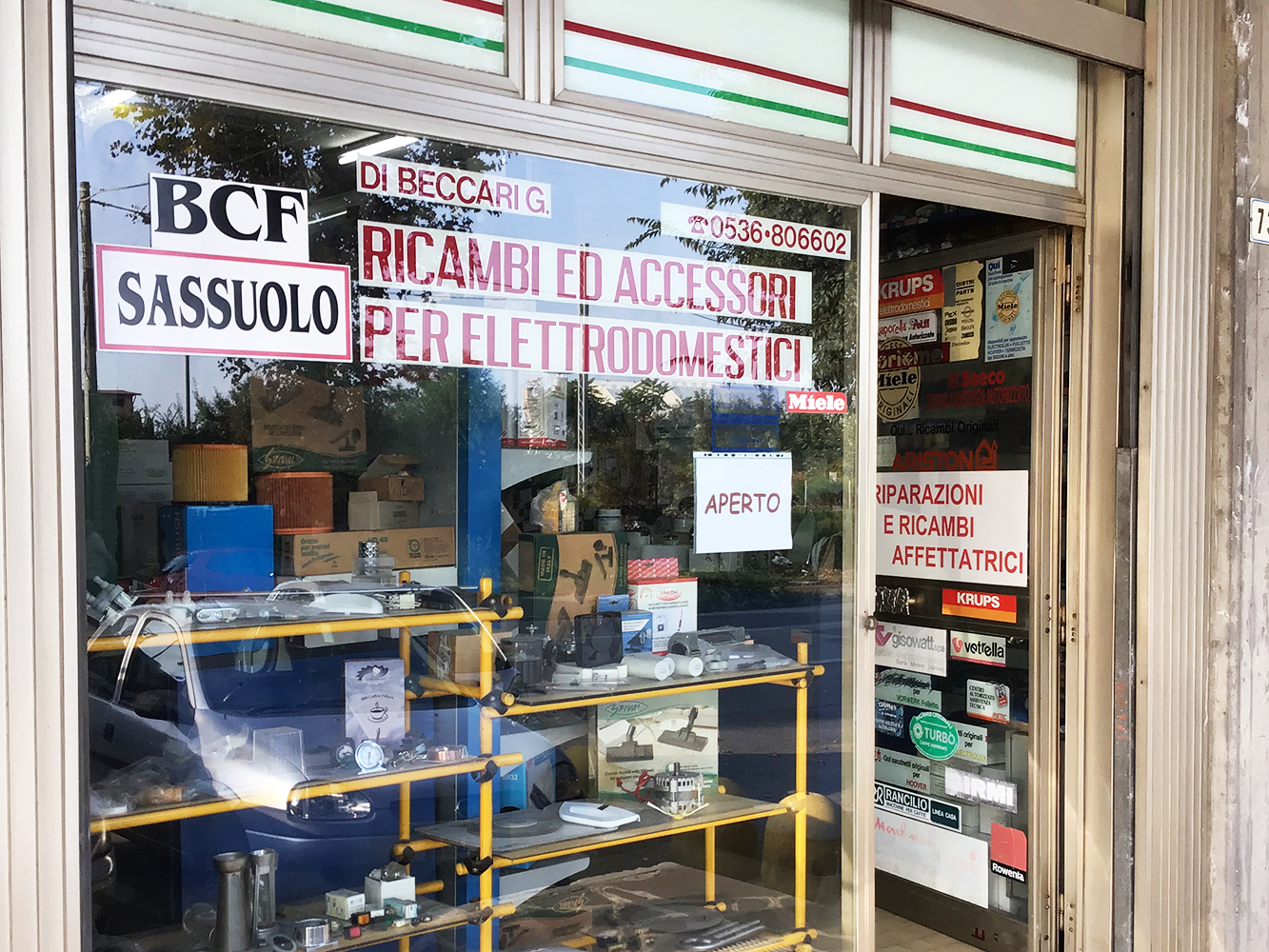 Negozio vendita accessori elettrodomestici Beccari Gino