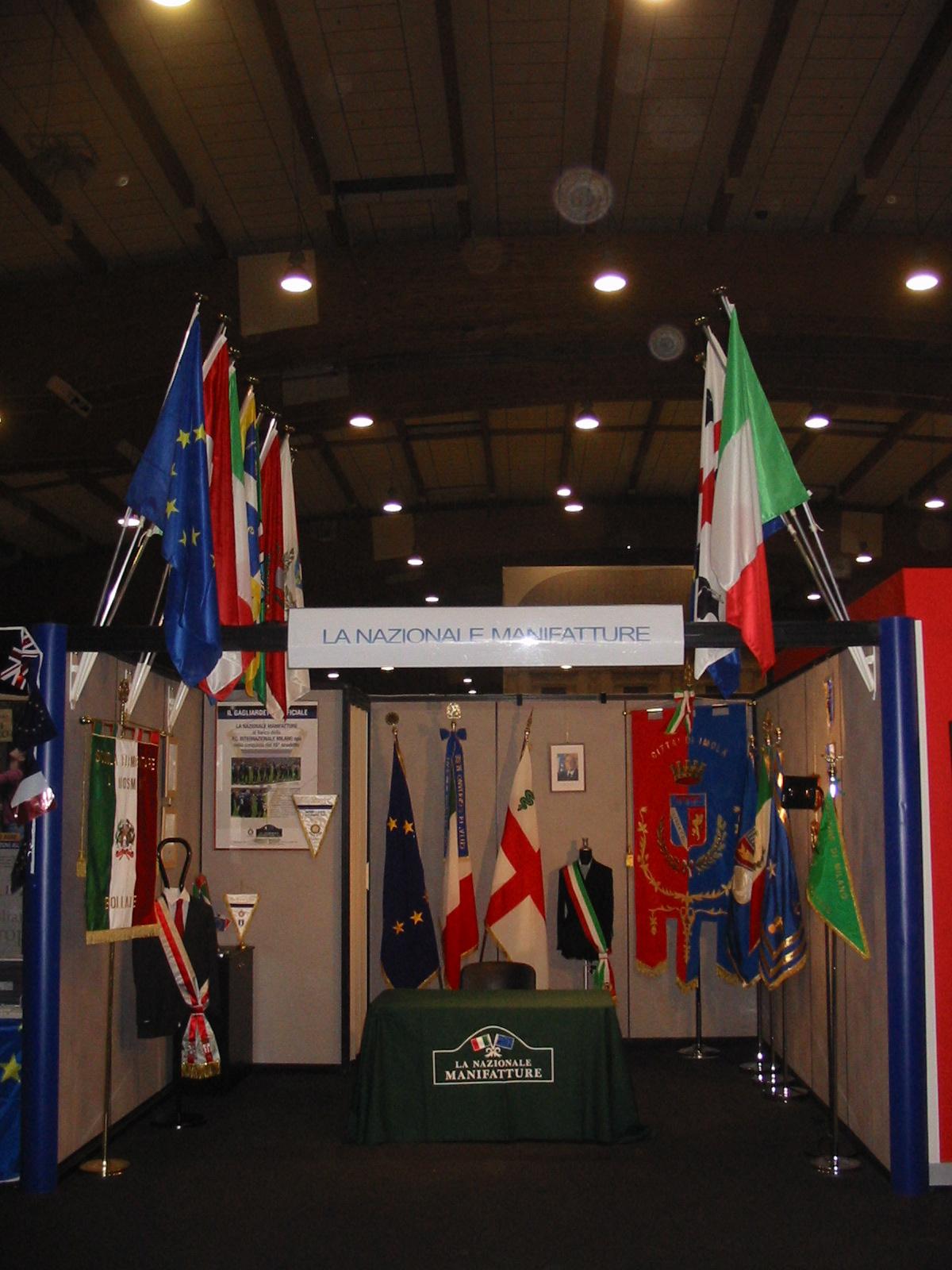 Produzione e vendita bandiere La Nazionale Manifatture