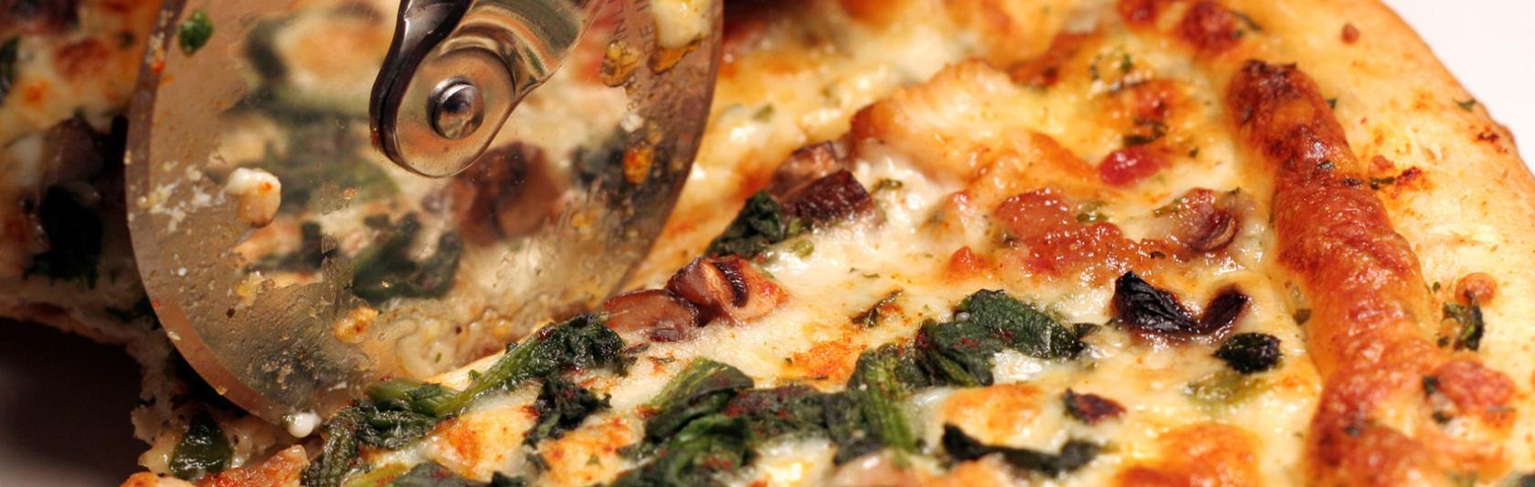 Pizza classica al metro e al trancio Pizzeria Tarek OK