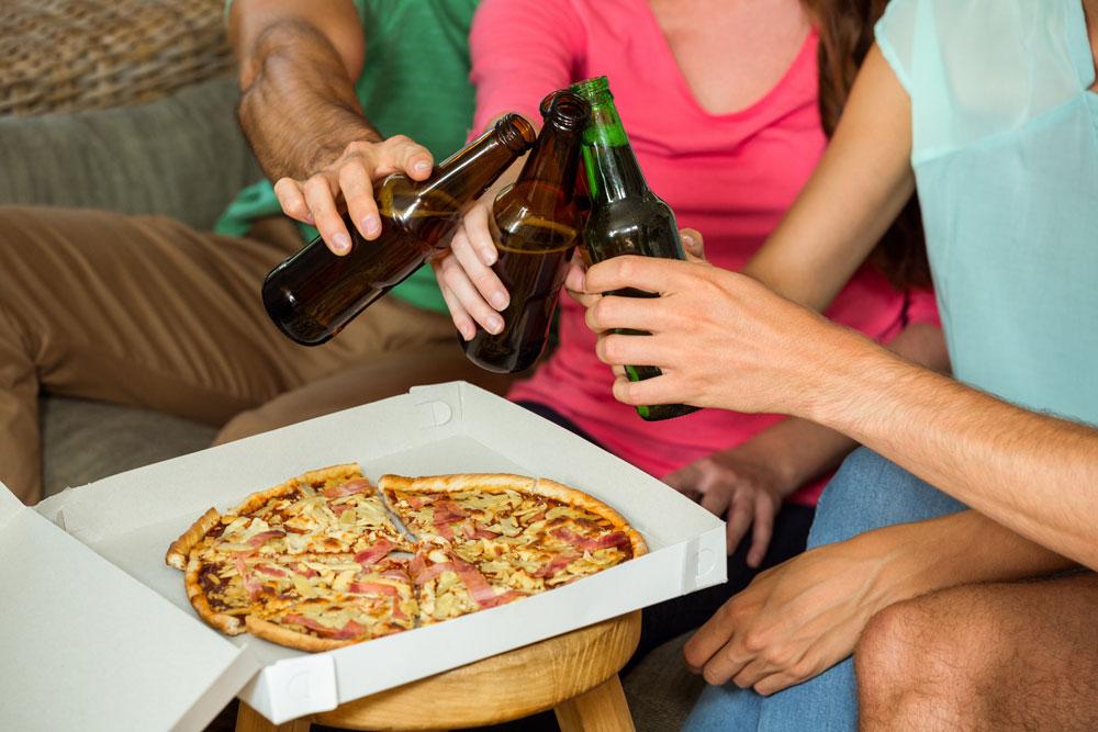 Menu pizza farcita e birra