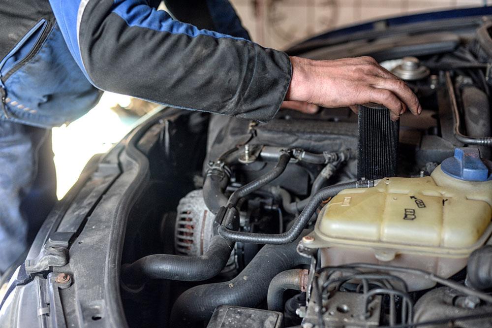 Riparazione motore Punto Car