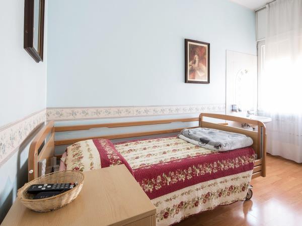 Residenza anziani con sala da pranzo Villa dei Cedri