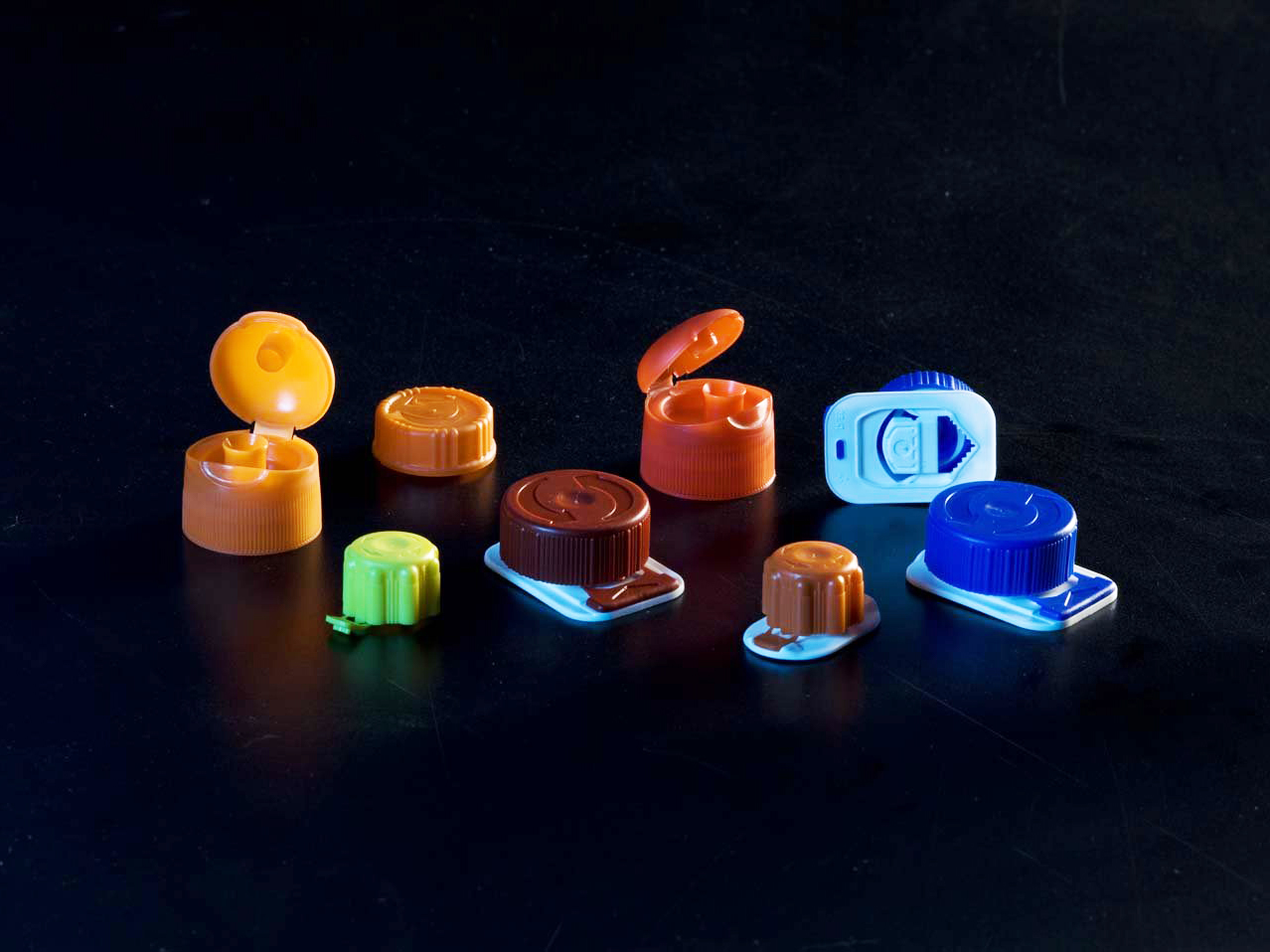 Company that specializes in the designs of moulds packaging Eurostamp
